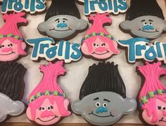 Trolls Cookies by @cookiesbykatewi #trollsthemovie #poppy #branch