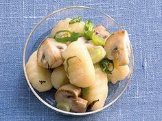 Gnocchi se žampiony Gnocchi, Potato Salad, Potatoes, Ethnic Recipes, Food, Potato, Essen, Meals, Yemek