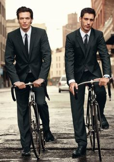Swiss menswear company Strellson X Bianchi Rolling Style Black Edition. (2011) | The House of Beccaria