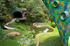 Quetzalcoatl Nest o Nido de Quetzal, ubicado en Naucalpan de Juarez, Estado de Méjico. Diseño del arquitecto Javier Senosiain.,