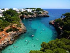 Always wanna return to these bays Cala d'Or, Mallorca Beach Holiday, Holiday Travel, Ibiza, Places To Travel, Places To See, Mallorca Beaches, Barcelona, Spain Travel, Wanderlust Travel
