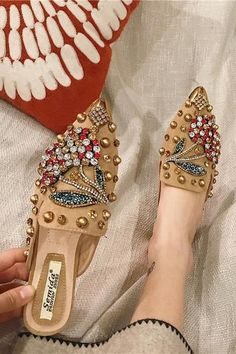Rhinestone Pointed Slipper Beaded Shoes, Shoe Room, Decorated Shoes, Gold Shoes, Casual Bags, Accessorize Shoes, Cute Shoes, Me Too Shoes, Wedding Shoes Heels