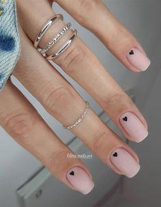 Nagellack Design, Nagellack Trends, Simple Gel Nails, Cute Simple Nails, Nail Design For Short Nails, Pretty Short Nails, Cute Gel Nails, Short Gel Nails, Short Nails Art