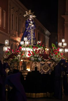 Throne   Holy week in Zaragoza, Spain