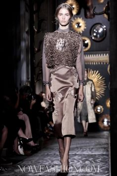Ton sur ton. Valentino, Couture, Fall Winter, 2013, Paris
