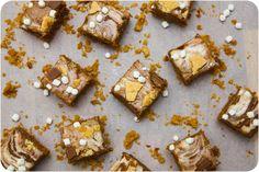 Chocolate Peanut Butter S'mores Fudge via Cupcake Crazy Gem!