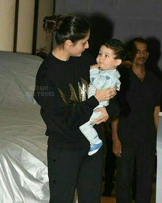 Bollywood Actors, Bollywood Celebrities, Bollywood Fashion, Taimur Ali Khan Pataudi, Cute Kids, Cute Babies, Karena Kapoor, Preity Zinta, Newborn Baby Photos