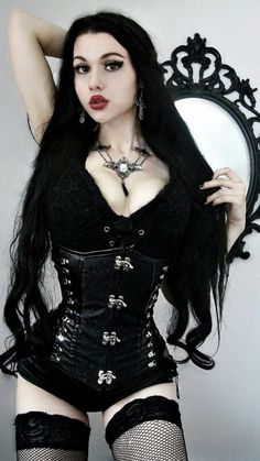 Burning flesh, pale as the stars No one knows just who you are Drive the knife in deeper to my soul Stunning corset by 🖤… Goth Beauty, Dark Beauty, Witch Fashion, Gothic Fashion, Goth Model, Pastel Goth Fashion, Metal Girl, Cosplay, Gothic Girls