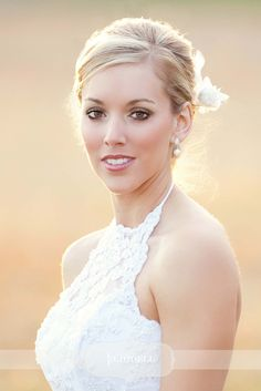 Wedding make up for fair skin tones and blonde hair - love the subtle smoky eye