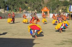 Trashigang Tshechu Festival to Know Bhutan Culture  As festive mood embraced Trashigang, more than 1,500 people gathered every day to witness the four day annual Tshechu that ended recently.