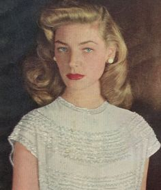 The Beauty Of Lauren Bacall Golden Age Of Hollywood, Hollywood Glamour, Hollywood Stars, Classic Hollywood, Old Hollywood, Bogie And Bacall, Blond, Classic Movie Stars, Humphrey Bogart