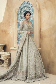 Fashionable muslim pakistani outfit for eid mubarak 37 Fashionable muslim pakist. - Fashionable muslim pakistani outfit for eid mubarak 37 Fashionable muslim pakistani outfit for eid mubarak 37 Source by - Asian Bridal Dresses, Pakistani Wedding Outfits, Pakistani Bridal Dresses, Pakistani Wedding Dresses, Bridal Outfits, Bridal Lehenga, Indian Dresses, Indian Outfits, Asian Bridal Wear