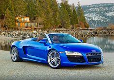 Audi R8 Spyder Blue