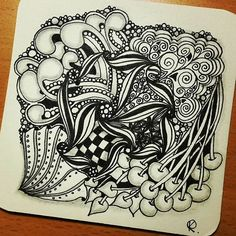 Zentangle 110815. #zendoodle #zentangle #art #artwork #drawing #sketch #mooka #anglefish #pokeroot #pokeleft #knightbridge #spiral