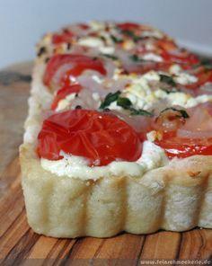 Sooo fluffig: Tomaten Feta Tarte mit Kartoffelteig | feinschmeckerle foodblog reiseblog stuttgart, reutlingen, schwäbische alb