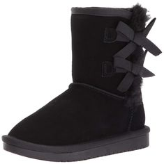 Koolaburra by UGG Kids' Victoria Short Fashion Boot *** Click image for more details. (This is an affiliate link) Girls Ugg Boots, Girls Shoes, Fur Boots, Rain Boots, Steve Madden Kids, Victoria Fashion, Open Toe Sandals, Casual Bags, Sneakers Fashion
