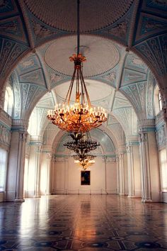 Beautiful Places...Alexander Hall of the Winter Palace, St Petersburg, Russia, photo via Midnight in Europe.