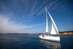 Sailing is a way of life in the British Virgin Islands, and there are several schools that offer basic sailing lessons. Yahoo travel rounded up the best for your buck.
