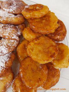 Προσωπικό ημερολόγιο αλμυρών και γλυκών δημιουργιών! Pancakes, French Toast, Food And Drink, Breakfast, Ethnic Recipes, Foodies, Greek Dishes, Easy Meals, Morning Coffee