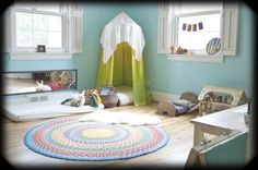 Montessori bedroom design featuring the floor bed - mobile toddlers can get out of bed on their own, encouraging independence