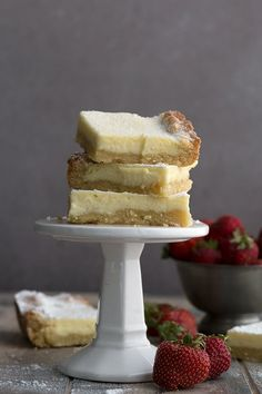 Pieces of keto gooey butter cake on a stack on a white cake stand - Easy Paleo Recipes Low Carb Sweets, Low Carb Desserts, Low Carb Recipes, Paleo Recipes, Cream Cheeses, Easy Cake Recipes, Dessert Recipes, Dessert Ideas, Cupcake Ideas