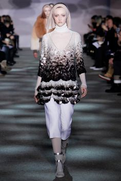 Marc Jacobs Fall 2014 Ready-to-Wear Fashion Show - Frances Coombe