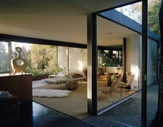 Elizabeth and David Netto's Richard Neutra mid-century home in Los Angeles