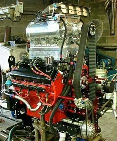 """Muscle car guys be like: """"I need a bigger supercharger"""" Motor Engine, Car Engine, Engine Swap, Chevy Motors, Crate Motors, Crate Engines, Performance Engines, Mustang, Drag Cars"""
