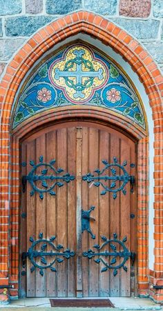 Beautiful church doorway in Sopot, Poland. Colors are | http://famouscastles.lemoncoin.org