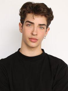 Next / Los Angeles / Manu Rios Cute Teenage Boys, Cute Boys, Perfect People, Pretty People, Beautiful Boys, Pretty Boys, Manu Rios, Bad Boy Aesthetic, Cute White Boys