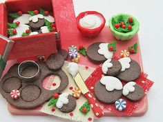 12th Scale Decorating Christmas Pudding Cookies Prep Sugar Mouse Miniatures | eBay