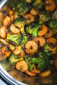 Instant Pot shrimp and broccoli stir fry that is better than take-out! This is the easiest and quickest meal that you can make in the IP. #shrimpandbroccoli #instantpotshrimp #instantpotshrimpandbroccoli #instantpotdinner #instantpotbroccoli Shrimp And Broccoli, Broccoli Stir Fry, Shrimp Soup, Broccoli Salad, Best Instant Pot Recipe, Instant Pot Dinner Recipes, Mac And Cheese Rezept, Ribs, Potted Shrimp