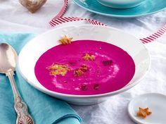 Unser beliebtes Rezept für Rote-Bete-Kokossuppe mit Croûtonsternen und mehr als 55.000 weitere kostenlose Rezepte auf LECKER.de.