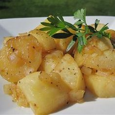 Very yummy honey roasted red potatoes! My favorite - click for recipe