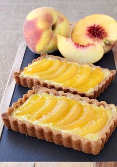 This Peach Custard Tart is prefect with your morning coffee or after dinner for dessert! This Peach Custard Tart is prefect with your morning coffee or after dinner for dessert! Köstliche Desserts, Delicious Desserts, Dessert Recipes, Dessert Tarts, Plated Desserts, Pie Recipes, Peach Tart Recipes, Sweet Recipes, Easy Fruit Tart Recipe