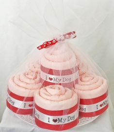 This handcrafted Pink I Love My Dog Pupcake Set is the perfect gift for a puppy! Each Pupcake is fashioned into a cupcake from a single training