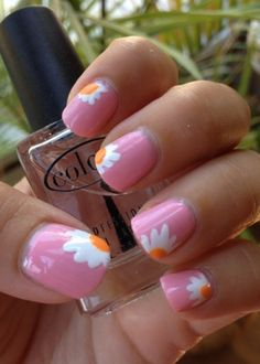 Pink nails with free hand white & yellow daisy flower tips, easy free hand nail art Get Nails, How To Do Nails, Hair And Nails, Daisy Nails, Flower Nails, Uñas Fashion, Manicure Y Pedicure, Manicure Ideas, Creative Nails