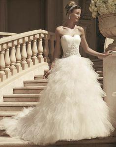 Fantásticos vestidos de novia | Coleccion Casablanca Primavera