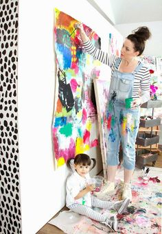 Art Studio Space Easels Ideas For 2019 Group Art Projects, Diy Art Projects, Painting For Kids, Art For Kids, Art Children, Alisa Burke, Small Canvas Art, Art Studios, Artist At Work