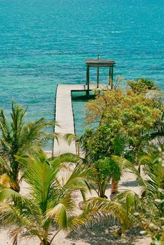 It's perfect. It's Itz'ana. Luxury resort & residences coming to Placencia in Another Perfect Day, Belize Honeymoon, Belize Resorts, Beach Shack, Beautiful Places To Travel, Us Beaches, Caribbean Sea, Amazing Destinations, Central America