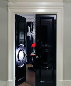 Painting the interior doors of your home black adds instant luxury your space and weight to your door. Slightly off black is preferred to get the look as opposed to straight black which can appear too harsh. Interior Decorating, Interior Design, Interior Doors, French Style Homes, Black And White Interior, Front Door Design, Black Doors, Inspired Homes, Office Interiors