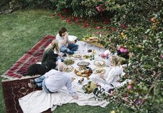 How to Host a Garden Party - Broadsheet