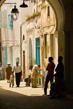 Street scene in Tunis_Tunisia