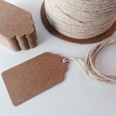 Set of 100 medium Plain brown kraft card swing tag / price tag label, gift tag, wedding favour tags, scalloped edge.