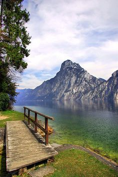 Traunsee Lake in the Salzkammergut, Austria. Been here, must amazing place I've ever traveled!