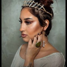 #photography by @cbelle22 #model @kailuvv_mua #makeup @kailuvv_mua #jewelry #oneofakind #fashion #accessories by #stonywear #localartist #southerncalifornia #sandiego #original #designs #earrings #necklace #rings #Crystal #Quartz #crown #headdress #for #burningman #gypsysoul #boho #bohochic #turquoise #turquoisejewelry #turquoiserings