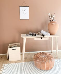 Homeoffices have become commonplace nowadays. How do you like this terracotta working room? Scandinavian Style, Terracotta, Home Office, Nightstand, Modern, Table, Room, Furniture, Home Decor