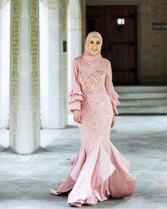 Modest Wedding Dresses, Wedding Party Dresses, Bridal Dresses, Hijab Fashion, Fashion Dresses, Moslem Fashion, Dress Outfits, Dress Up, Hijab Trends