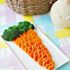 Lots of fun and healthy Easter food ideas.  The kids will love these!  Fresh veggies