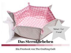 """Star basket - free sewing instructions and freebook * The Crafting Café - From my """"Sewing for Lazy"""" series, today I am presenting the star basket and tutorial: a pretty bask - Sewing Blogs, Sewing Hacks, Sewing Tutorials, Sewing Tips, Sewing Patterns Free, Free Sewing, Hand Sewing, Fabric Basket Tutorial, Sewing Projects For Beginners"""